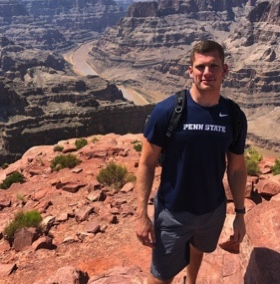 Carl Nassib Raiders hiking